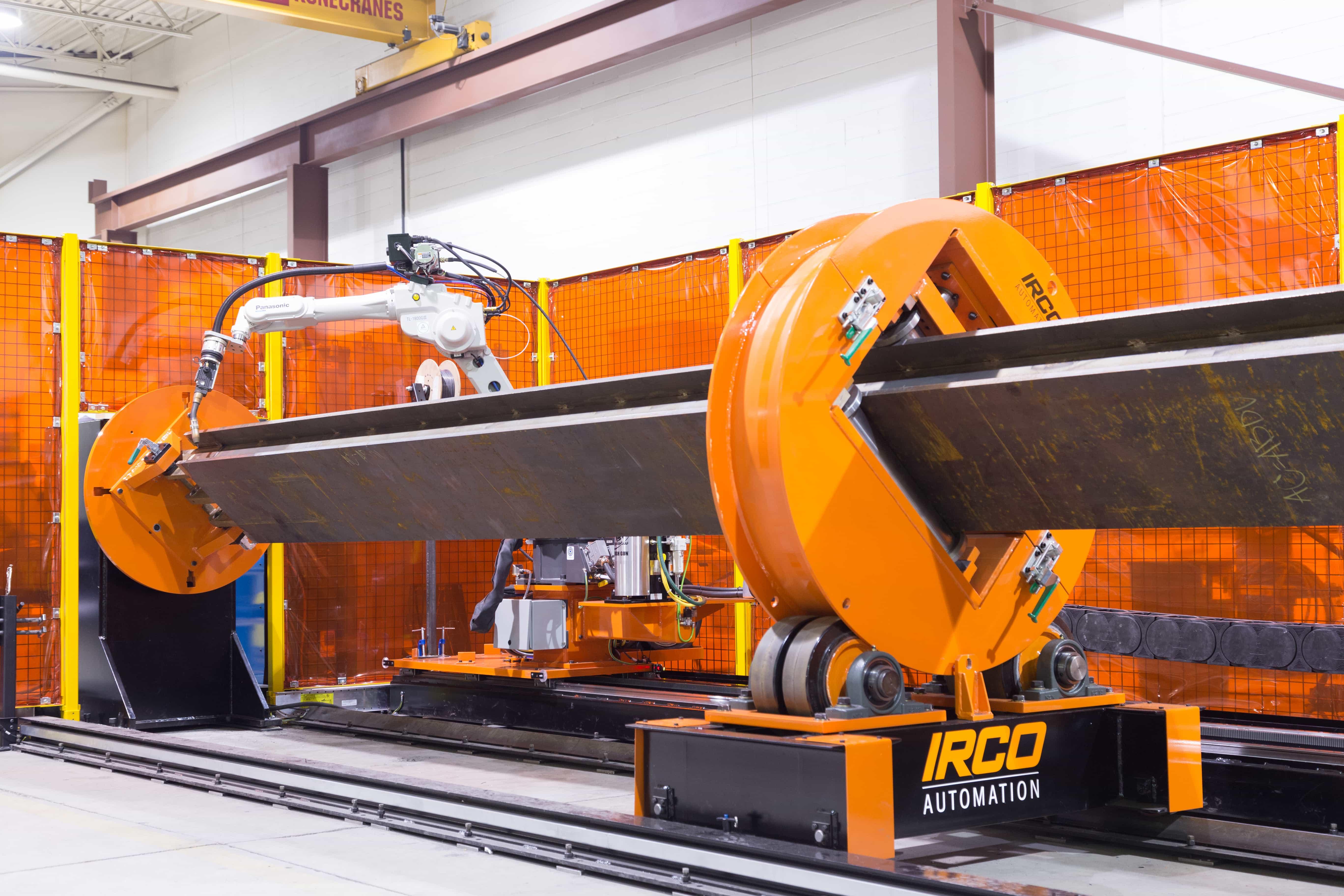 Coordinated motion, robotic welding